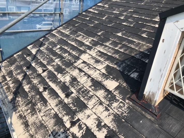塗装が必要な屋根です