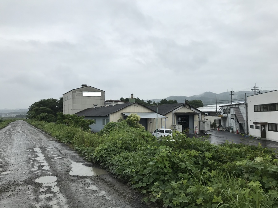 湖南市にある工場のスレート屋根の点検を行いました