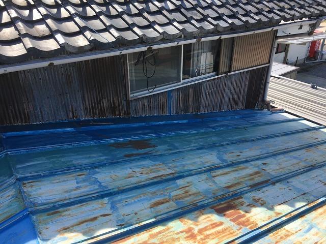 屋根と外壁の状況