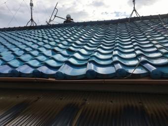 軒から見た屋根