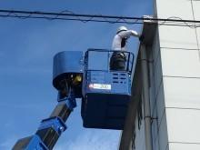 高所作業車で樋を確認