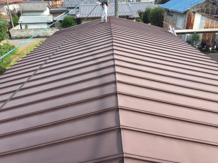 瓦棒葺き屋根を寸法取り