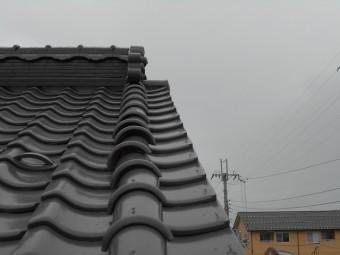 隅棟の紐丸瓦の歪み