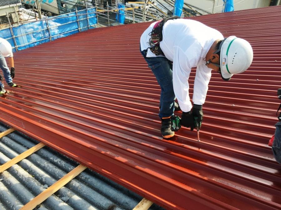 屋根きカバー工事