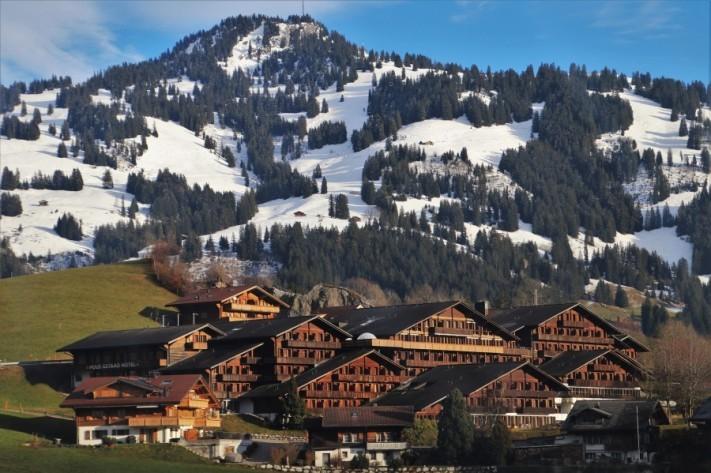 alpine-village-4676673_1920-columns1