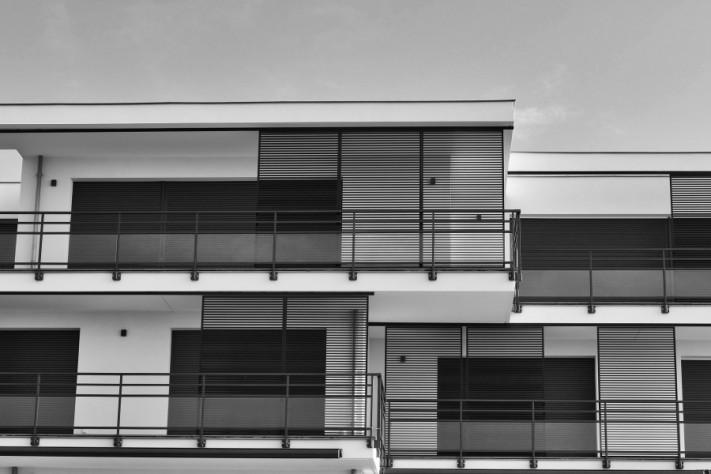 architecture-3662619_1920-columns1