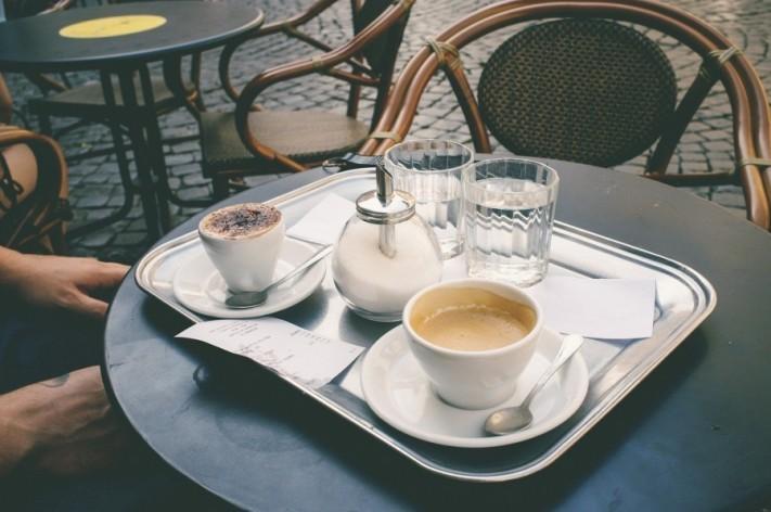 coffee-shop-1154289_1920-columns1