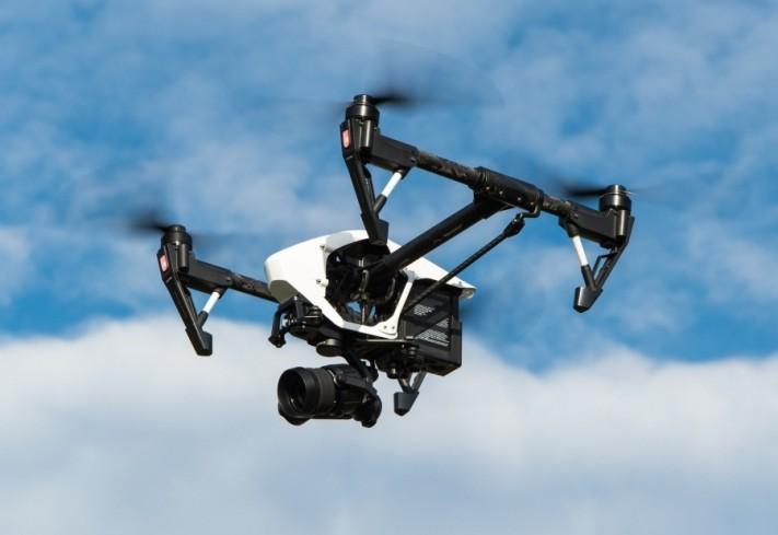 drone-1080844_1920-columns1