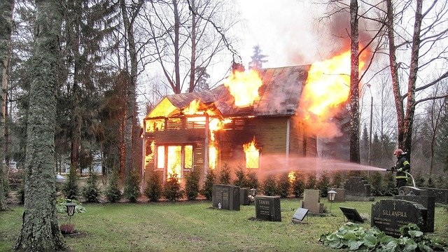 fire-253614_640