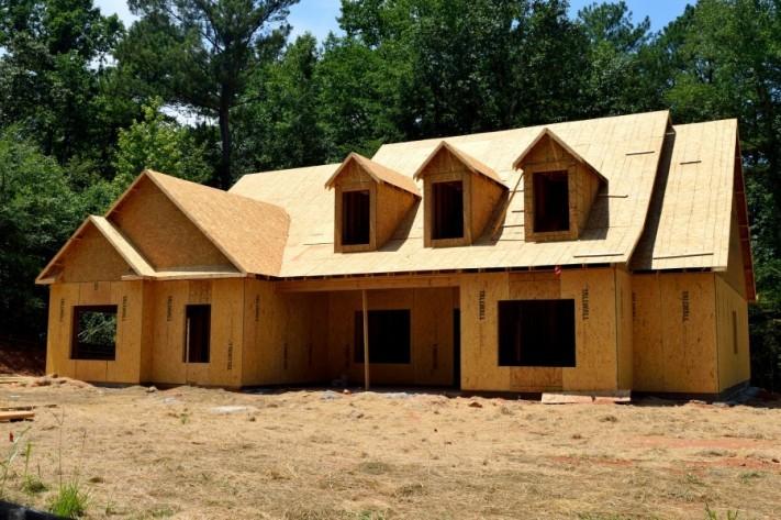 home-construction-2539111_1920-columns1