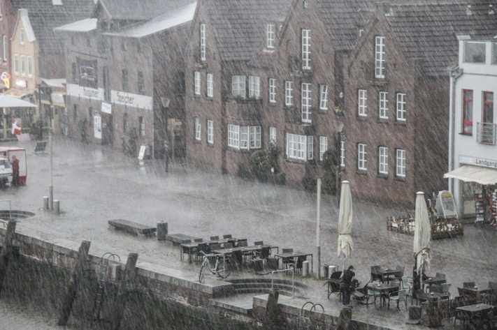 rain-1479303_1920-columns1