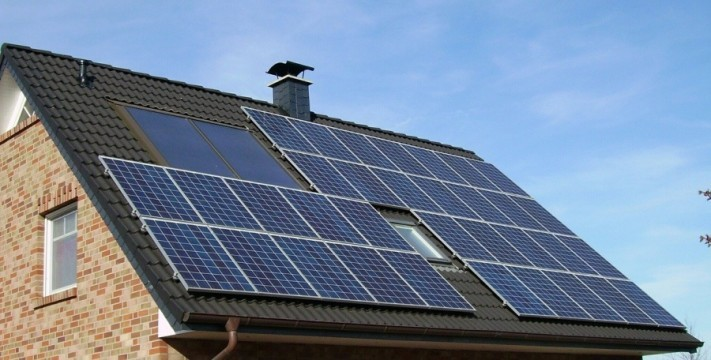 solar-panel-array-1591358_1280-1-columns1